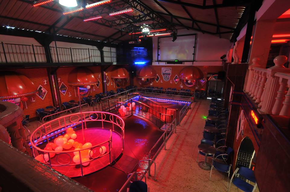Swinger night clubs in westland mi