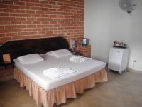 Motel Los Colores 1226