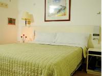 Motel Meridian 1812