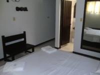 Motel El Jardín 2306