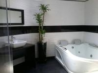 Motel El Jardín 2319