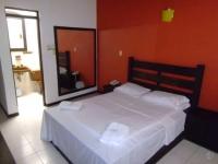 Motel El Jardín 2332
