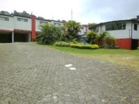 Motel El Jardín 2368