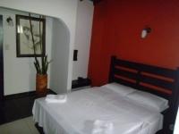 Motel El Jardín 2375