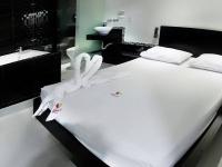 Motel Palmeiras 2478