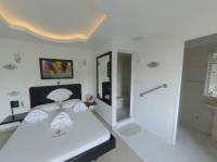 Motel Sol y Luna Cali 2524