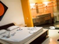 Motel Moonlight 2575