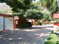La Hacienda 299